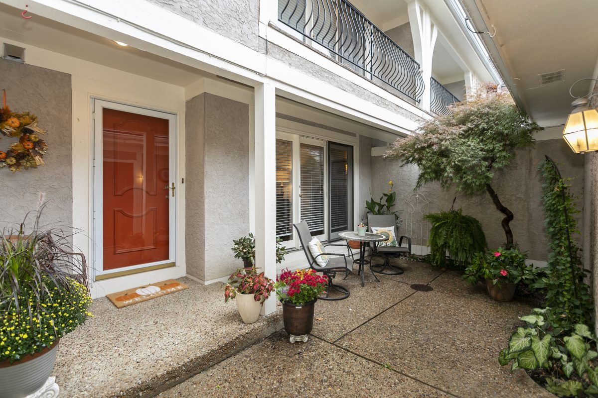 10430 Garnett Street – SOLD!